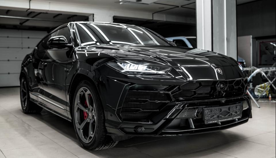 Lamborghini Urus - максимальный комплекс для нового авто