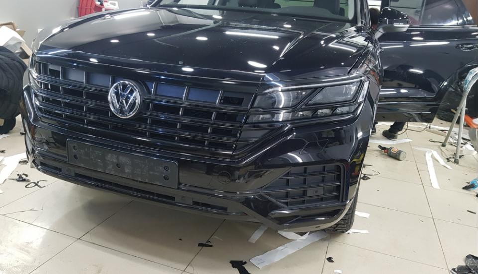 Антихром Volkswagen Touareg